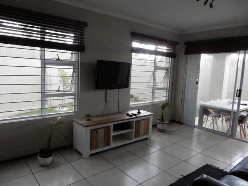 Property For Rent in Kengies, Sandton 4
