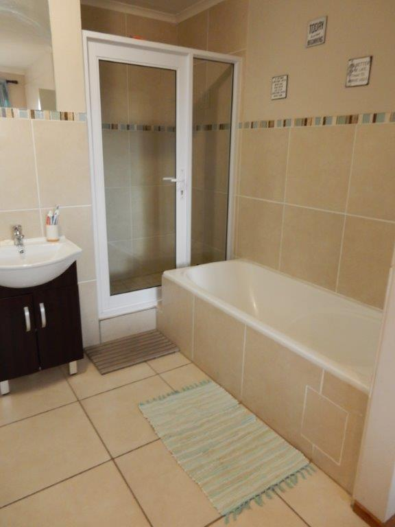 Property For Rent in Kengies, Sandton 11