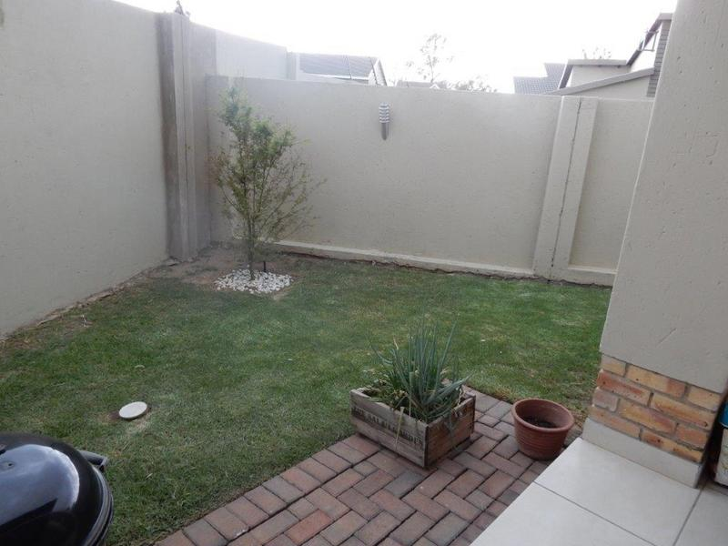 Property For Rent in Kengies, Sandton 3