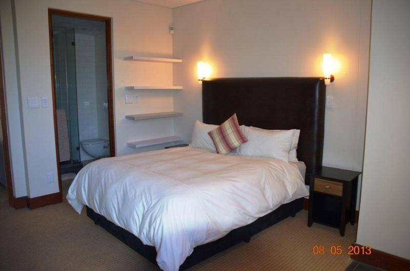 Apartment / Flat For Sale in Melrose Arch, Johannesburg