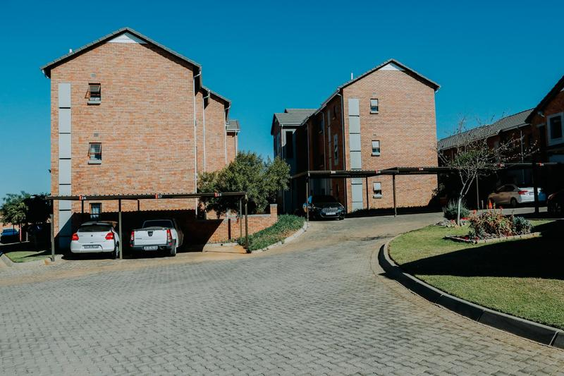 Apartment / Flat For Rent in Olivedale, Randburg